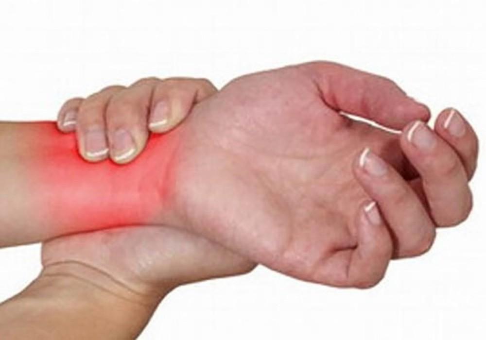 Cách điều trị đau mắt cá cổ tay