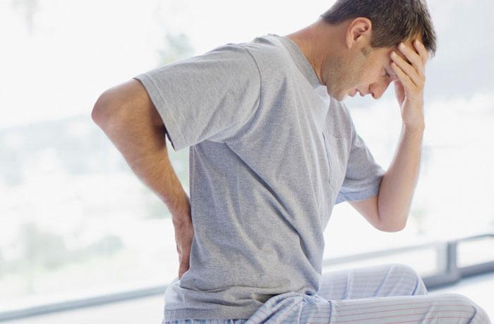 Triệu chứng chấn thương cột sống