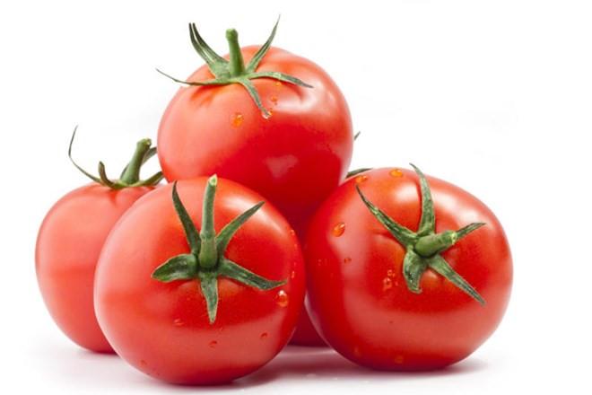 Cà chua giúp bổ sung chất nhờn cho khớp
