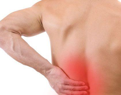đau lưng trái