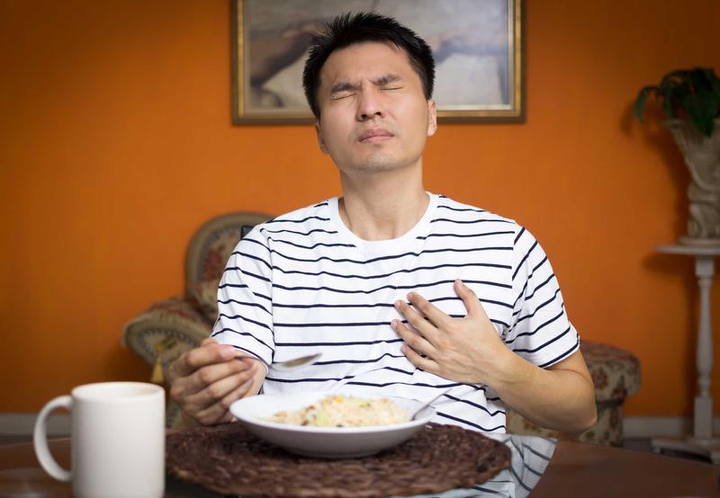 trào dịch dạ dày và cách chữa