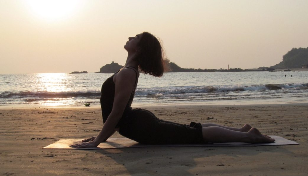 các bài yoga chữa thoát vị đĩa đệm