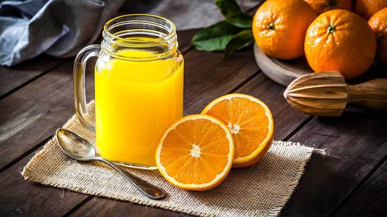 Rối loạn tiêu hóa có nên uống nước cam không?