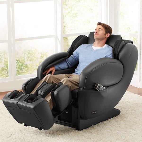 Để sử dụng ghế massage lưng bạn cần phải ngồi đúng tư thế.