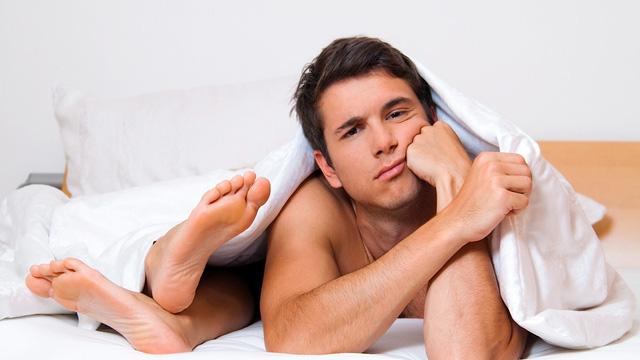 chồng yếu sinh lý vợ nên làm gì