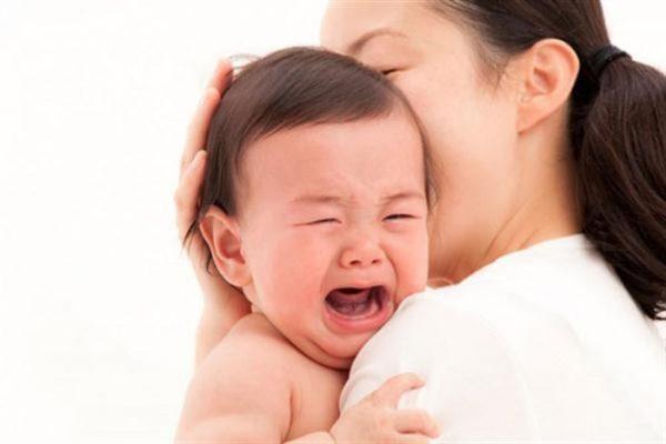 thận ứ nước ở trẻ sơ sinh