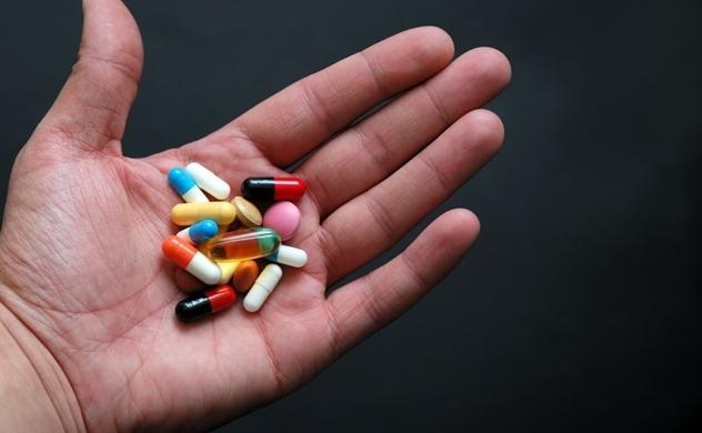 Thận ứ nước uống thuốc gì