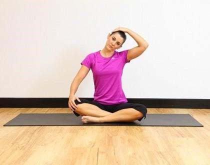 Bài tập yoga cho người đau vai gáy - bài tập căng cơ duỗi cổ