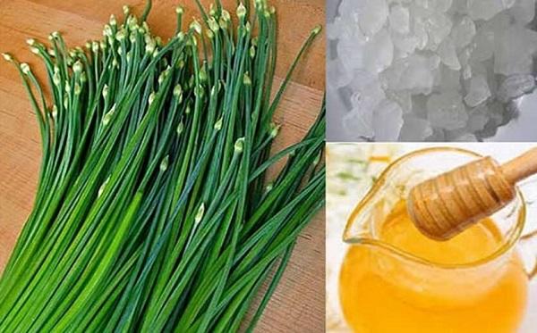 Cách trị ho bằng lá hẹ, mật ong và đường phèn