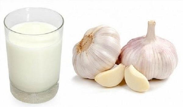 cách trị ho lâu ngày không khỏi bằng sữa tỏi
