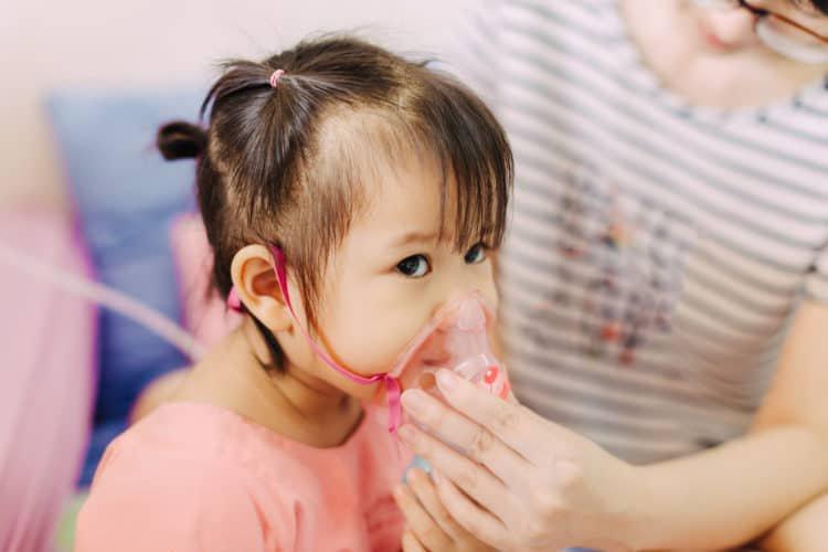 Cần làm gì nếu trẻ mắc viêm phổi