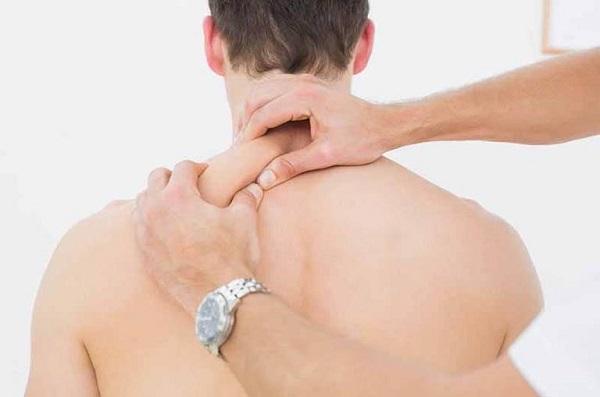 Chữa đau vai gáy bằng diện chẩn - 2