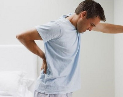 Đau lưng tiểu nhiều là bệnh gì